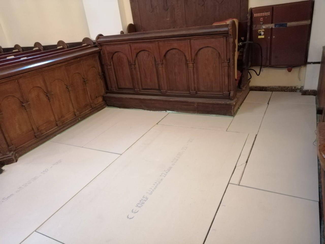 Infra padlófűtés korszerűsítés Evangélikus egyház Szeged (9)