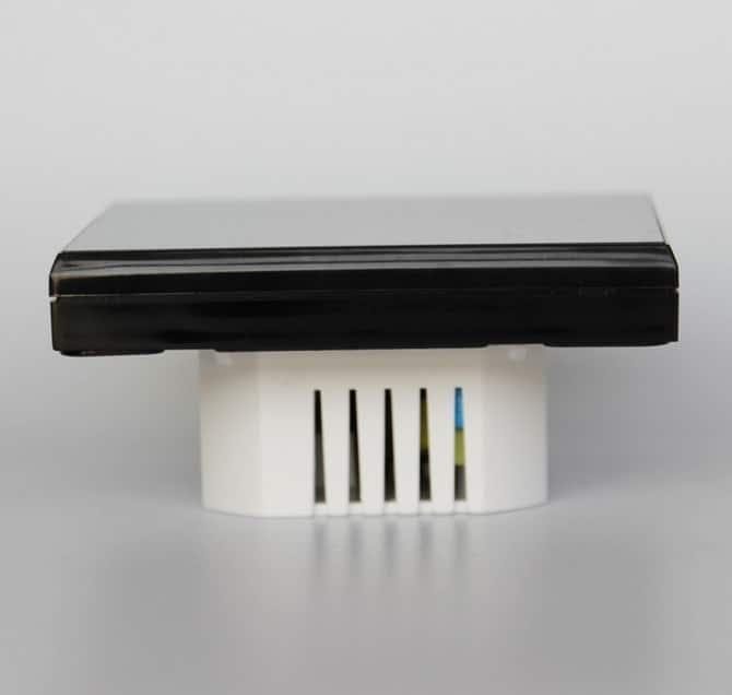 TGT 70-EP Padlófűtés termosztát oldal nézet termosztát vastagság