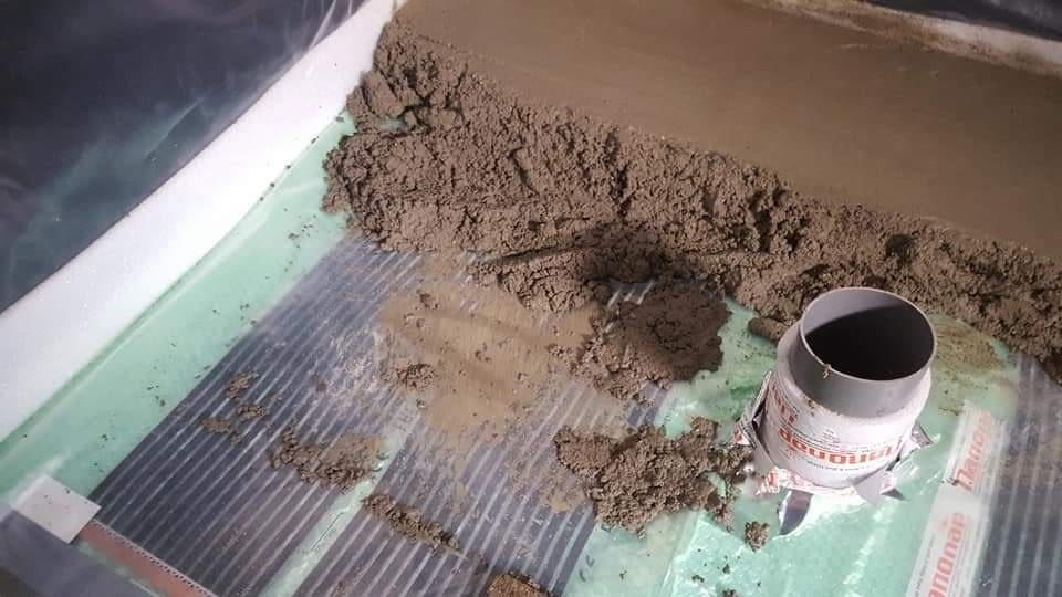 Infra fűtőfólia telepítése esztrich beton alá (9)
